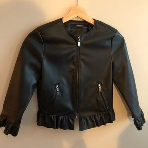 🎀NWOT🎀 ZARA Vegan Leather Peplum Jacket